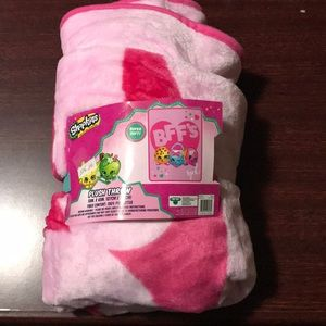 Other - Shopkins Throw Blanket